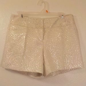 The Limited Shorts Size 8 Cassidy Fit Silver Beige
